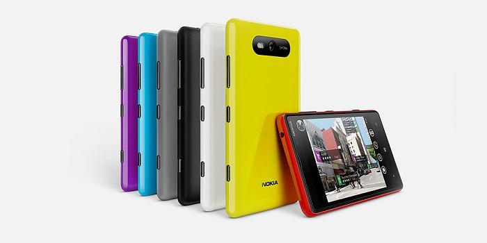 Nokia Lumia 820 en varios colores