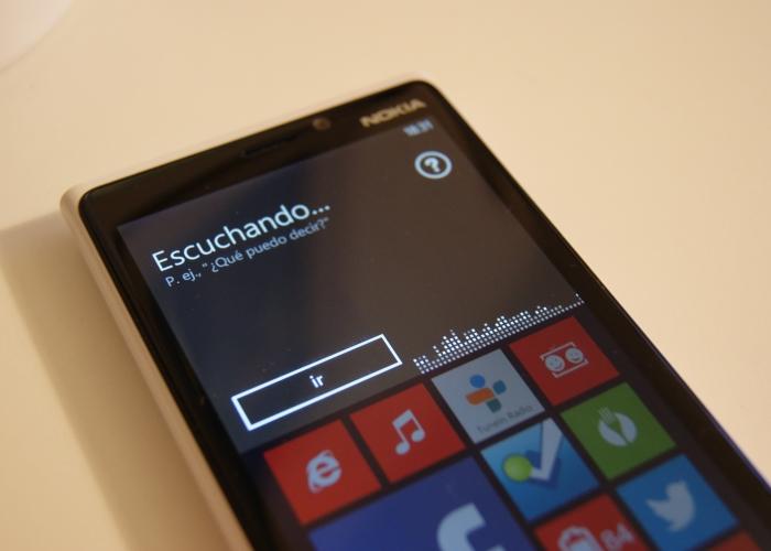 Usa la voz para controlar tu teléfono con Windows Phone