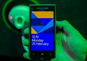 HTC 8X - pantalla de bloqueo