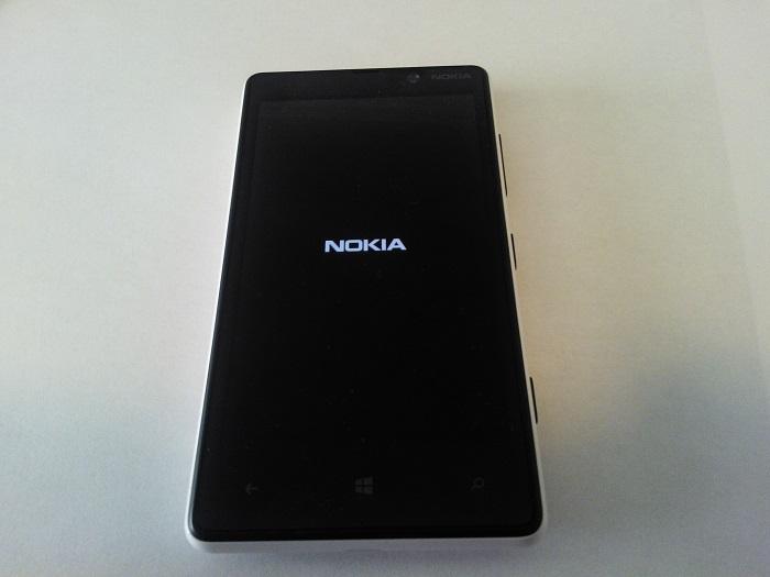 Pantalla de arranque del Nokia Lumia 820