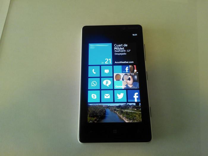 Pantalla de inicio del Nokia Lumia 820