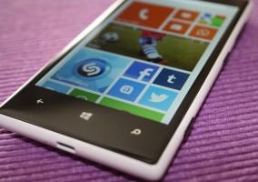 Nokia Lumia 720 de frente
