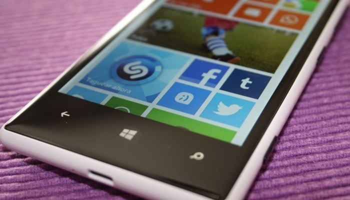 Nokia Lumia 720 con Windows Phone 8