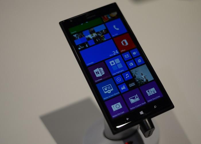 Nokia Lumia 1520 toma contacto