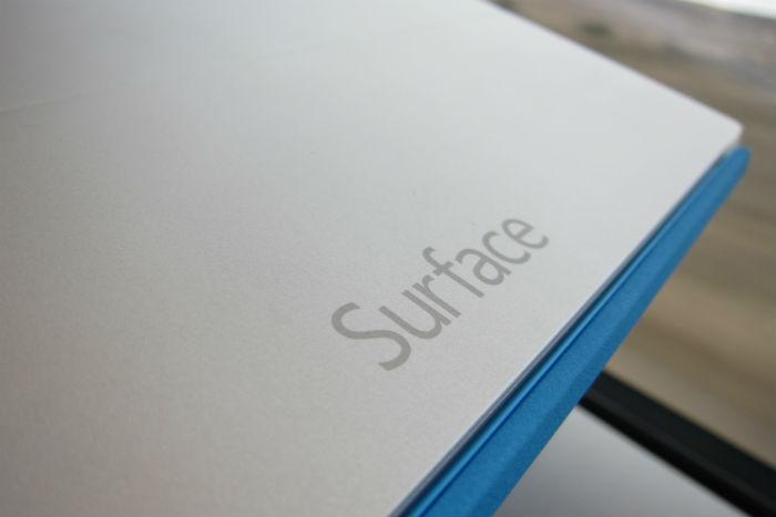 Surface 2 en el tren