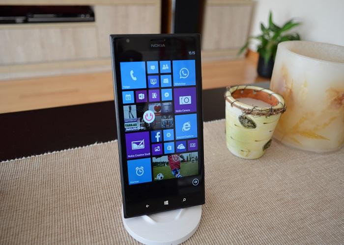 Nokia Lumia 1520 con DT-910