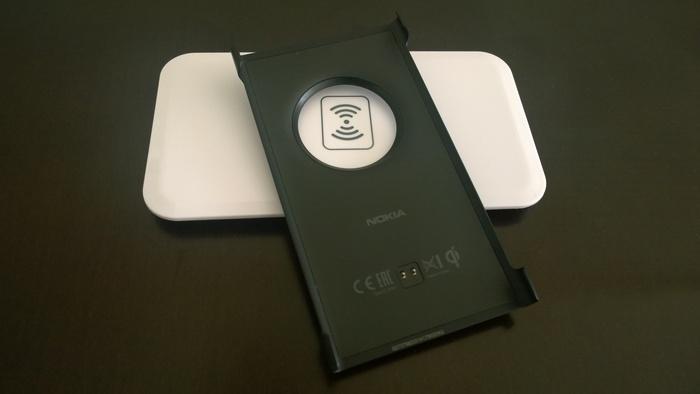 Nokia CC-3066 carcasa y base de carga inalámbrica