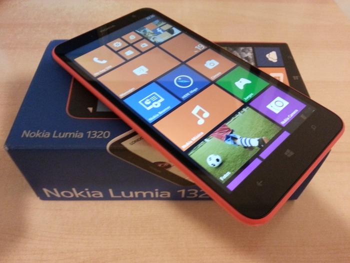 Lumia-1320-caja