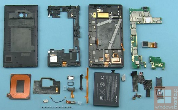 nokia-lumia-930-tear-down-1