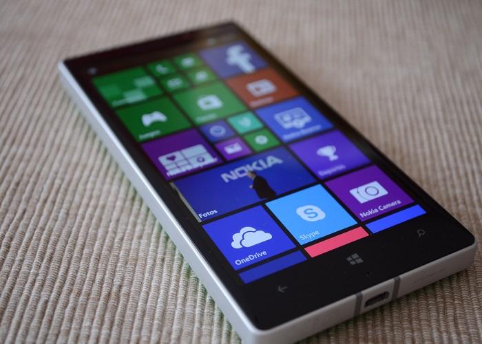 Nokia Lumia 930 pantalla