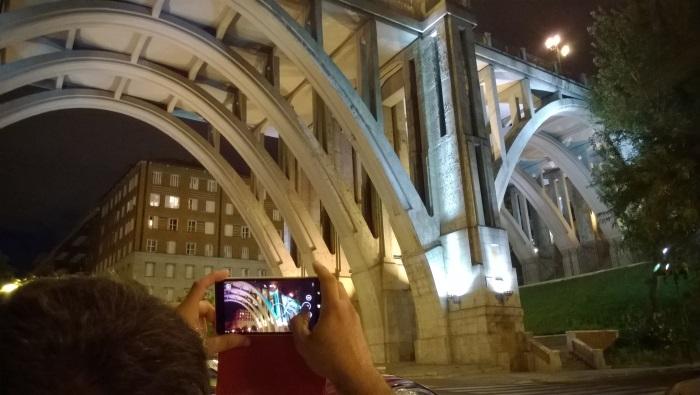 nokia lumia 735 foto nocturna viaducto
