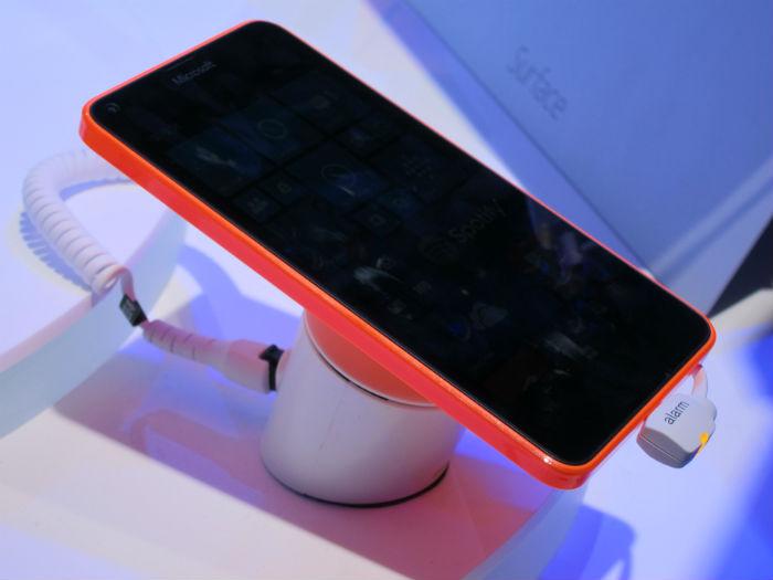lumia-640-diseño