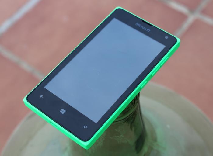 Parte frontal del Lumia 435