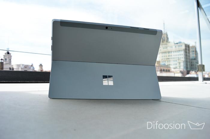 Surface 3 trasera