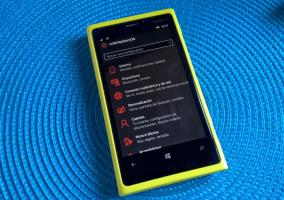 windows 10 mobile preview build 10136