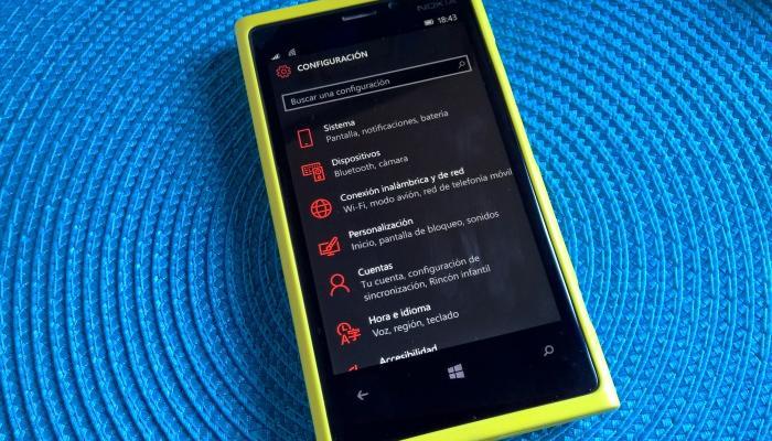 windows 10 mobile preview build 10136