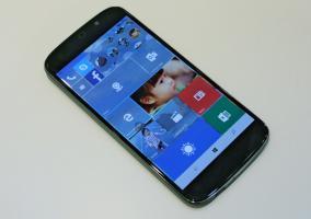 Acer Jade Primo Windows 10 Mobile gama alta