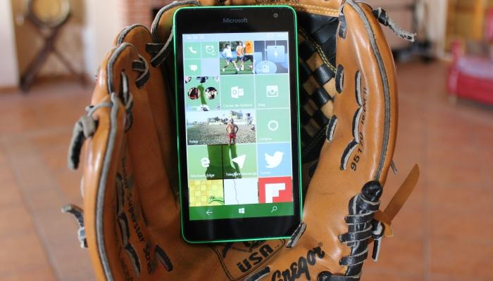 Lumia de gama baja con Windows 10 Mobile