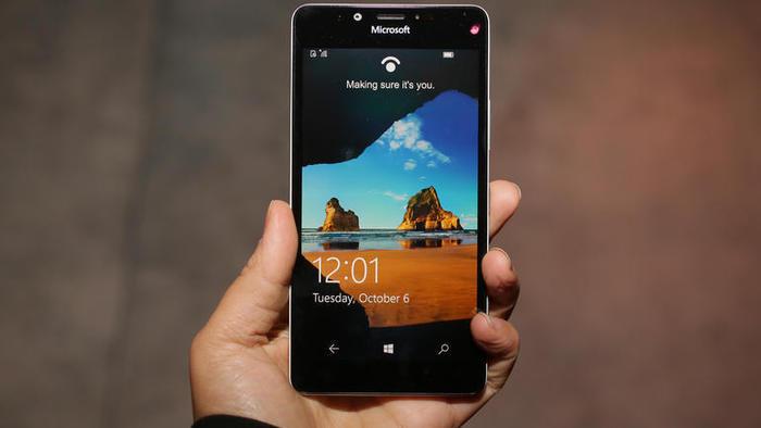 Lumia 950 pantalla