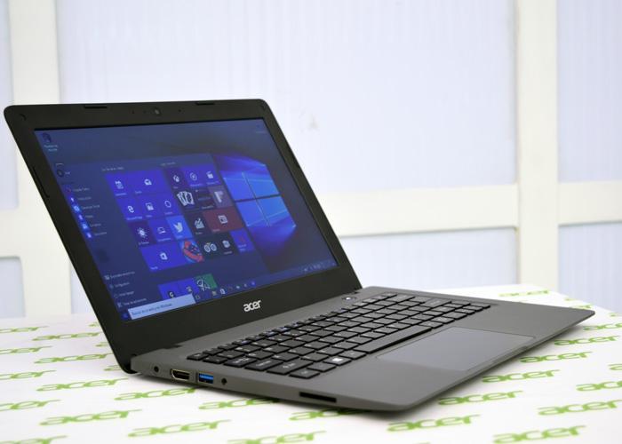 One Cloudbook de Acer con Windows 10