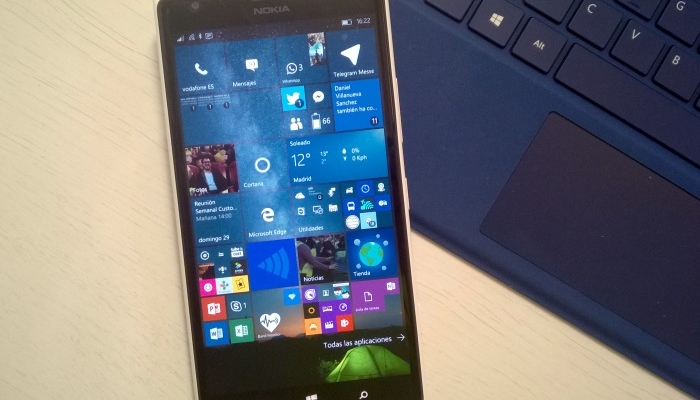 windows 10 mobile lumia 1520