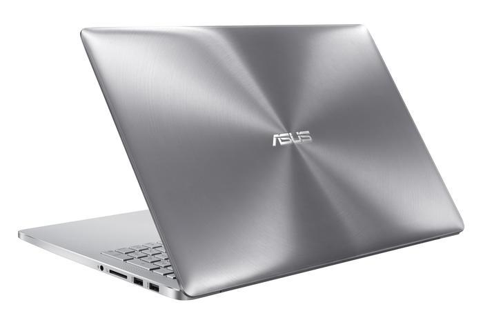 ASUS Zenbook Pro UX501 detras