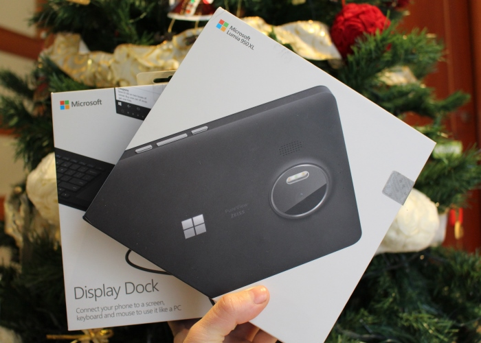 Microsoft Luia 950 XL y Microsoft Display Dock