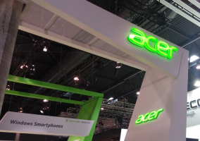 Stand Acer
