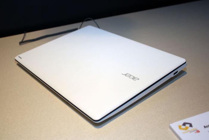 Acer CloudBook 11 foto 2