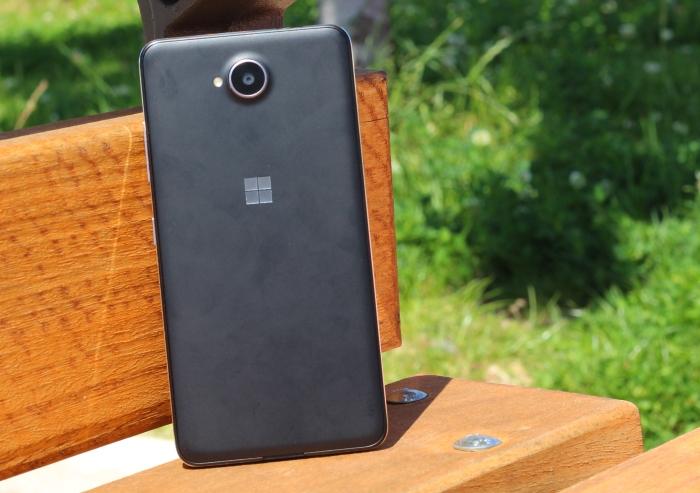 Parte trasera Lumia 650