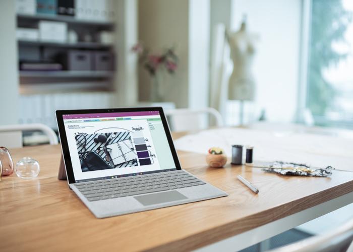 Surface Pro 4 Escritorio