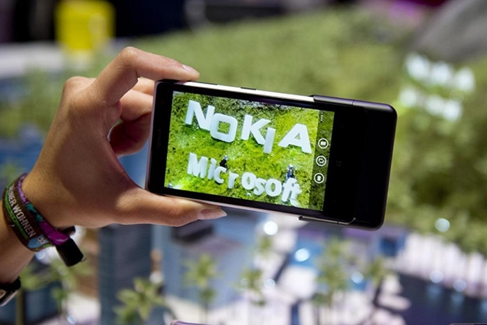 Movil Nokia Microsoft
