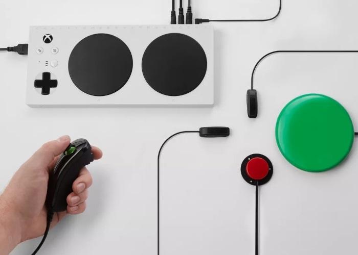 Ya puedes reservar el control Xbox Adaptable para personas limitadas físicamente