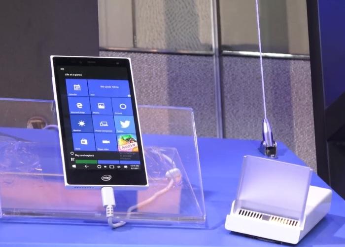 Intel muestra un pocket PC en el cual trabaja desde 2016