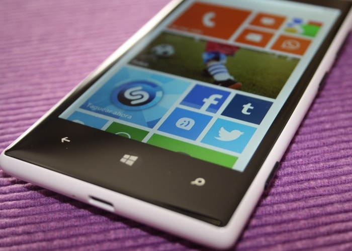 Nokia Lumia 720 con Windows Phone 8